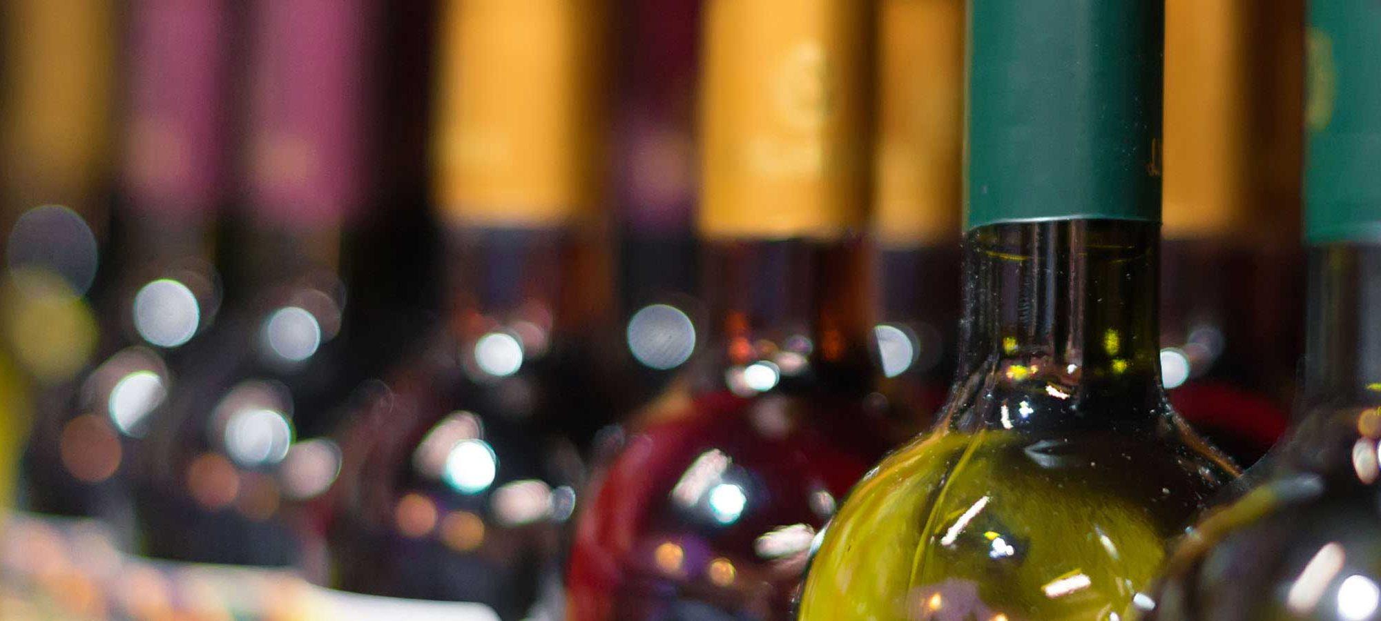 Dezember: Wein-Weihe in Hlohovec